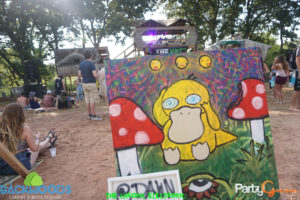 Painting at Treehouse stage